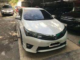 2016 TOYOTA ALTIS 20V automatic top of the line model