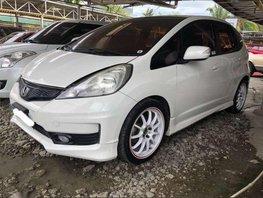 Honda Jazz 15ivtec at engine mags loaded cebu 1st own 2011