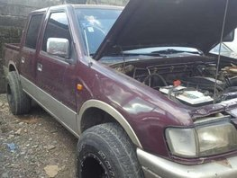 SELLING pick up ISuZu Fuego 2000