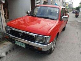 1998 Toyota HiLux manual 4x2 diesel Very good engine