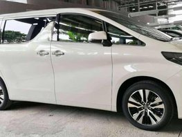 Toyota Alphard AT BRANDNEW NEW LOOK 2018