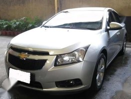 2013 Chevrolet Cruze . a-t . all power . like new condition . fresh