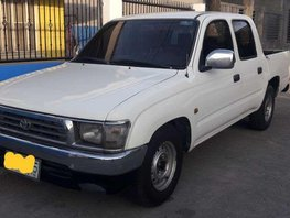 Toyota Hilux 2001 pick-up Cool aircon