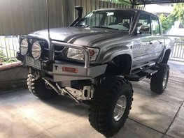 For Sale 2003 Toyota Hilux Sr5