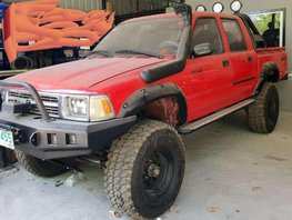 FOR SALE TOYOTA Hilux ln 97