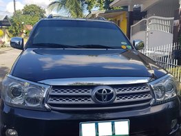 Toyota Fortuner 2011 G AT 4X2 for sale