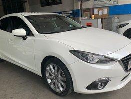 Selling Pearl White Mazda 2 2014 in Pasig