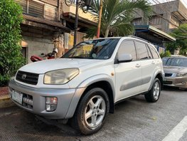Selling Used Toyota Rav4 2003 in Manila
