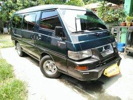 Selling Mitsubishi L300 2000 Manual Diesel in Carmona