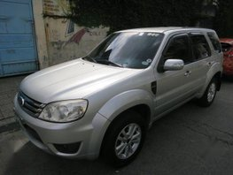 Selling Ford Escape 2009 Automatic Gasoline for sale in Makati