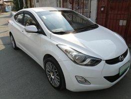 Sell 2012 Hyundai Elantra in Parañaque