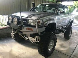 Toyota Hilux 2003 Manual Diesel for sale in Manila