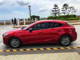 Selling 2018 Mazda 3 Hatchback for sale in Quezon City