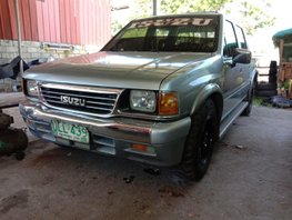Selling 2nd Hand 2000 Isuzu Fuego Manual Diesel