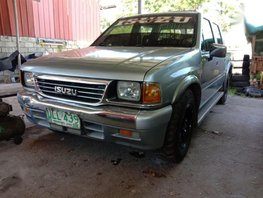 Selling 2nd Hand Isuzu Fuego 2000 at 80000 km in Santiago