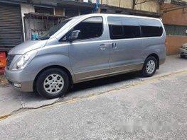 Selling Silver Hyundai Grand Starex 2014 in Pasig