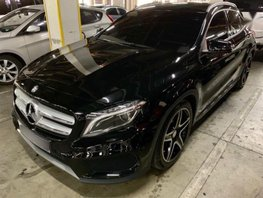 Sell 2nd Hand 2016 Mercedes-Benz GLA Automatic Gasoline in Pasig