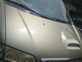Selling 2nd Hand Hyundai Starex 2003 in Quezon City