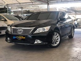 Selling 2nd Hand Toyota Camry 2014 Automatic Gasoline at 28000 km in Makati