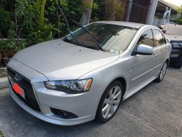 Selling Mitsubishi Lancer 2014 at 24000 km in Makati