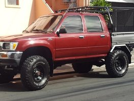 Selling Toyota Hilux 1995 at 130000 km in Manila