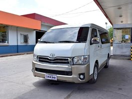 Sell 2nd Hand 2017 Toyota Hiace at 20000 km in Lemery