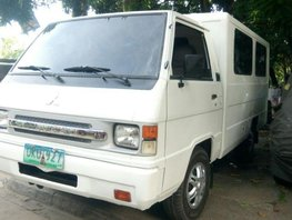 Sell 2nd Hand 2012 Mitsubishi L300 at 80000 km in Quezon City