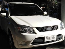 2nd Hand Ford Escape 2011 Automatic Gasoline for sale in Angeles