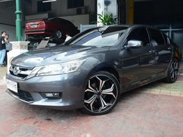 Selling 2nd Hand Honda Accord 2015 Automatic Gasoline at 5000 km in Quezon City