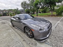Sell 2nd Hand 2010 Nissan Gt-R Automatic Gasoline at 12000 km in Muntinlupa