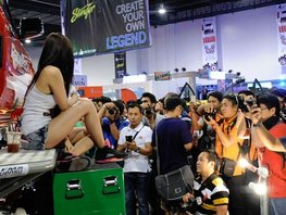 What you should do when going to an auto show?