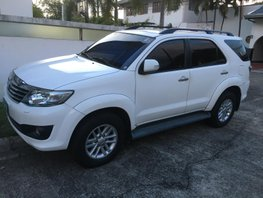 Selling White Toyota Fortuner 2012 for Sale