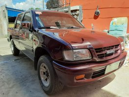 Selling 2000 Isuzu Fuego Manual Diesel