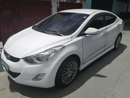 Selling 2nd Hand Hyundai Elantra 2012 Automatic Gasoline at 70000 km in Parañaque