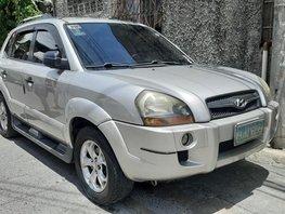 Selling 2nd Hand Hyundai Tucson 2009 at 130000 km in Makati