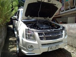 Isuzu Alterra 2013 Manual Gasoline for sale in Cebu City