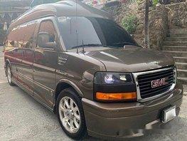 Sell 2015 Gmc Savana at 15000 km in Pasig
