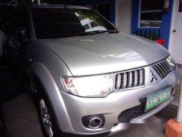 Selling Mitsubishi Montero Sport 2010 at 52496 km