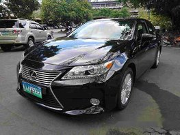 Black Lexus Es 350 2013 at 66188 km for sale