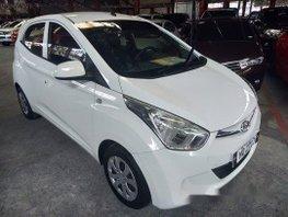 Selling White Hyundai Eon 2016 in Quezon City