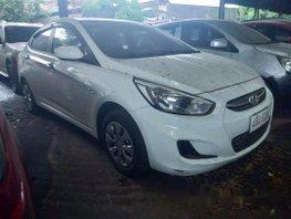 Selling White Hyundai Accent 2015 Manual Gasoline at 48000 km in Makati
