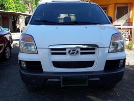 2nd Hand Hyundai Starex 2005 for sale in Quezon City