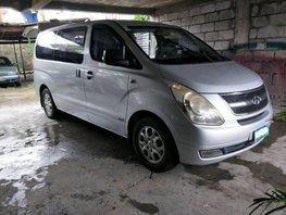 2nd Hand Hyundai Starex 2009 for sale in Makati