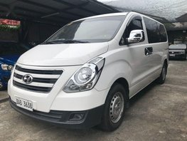 Selling 2nd Hand Hyundai Starex 2016 Manual Gasoline at 25000 km in Parañaque
