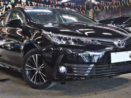 Sell Black 2017 Toyota Corolla Altis 16000 km in Quezon City