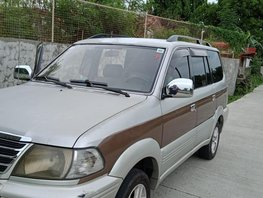 Selling Used Toyota Revo 2003 Automatic in Metro Manila