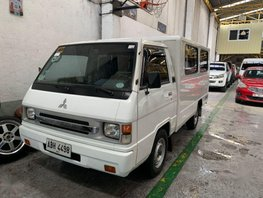 Selling 2nd Hand Mitsubishi L300 2015 in Quezon City