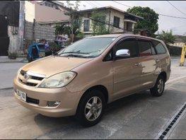 Selling 2006 Toyota Innova Gasoline Automatic in Makati