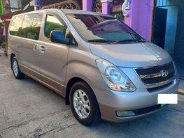Sell 2014 Hyundai Grand Starex in Manila