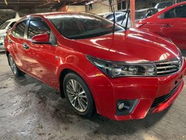 Red Toyota Corolla Altis 2017 for sale Automatic